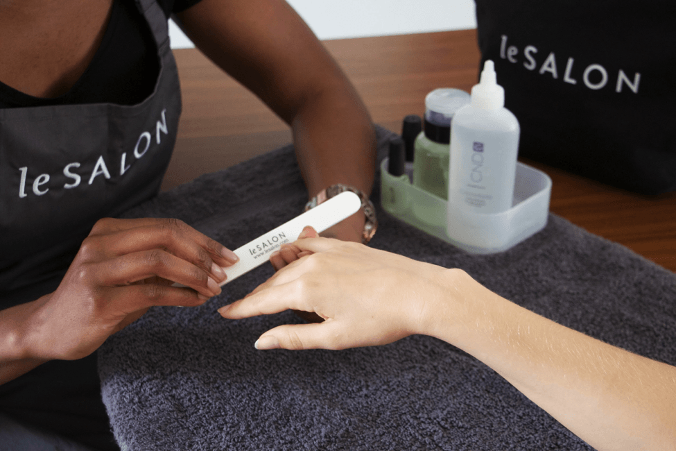 LeSalon manicure