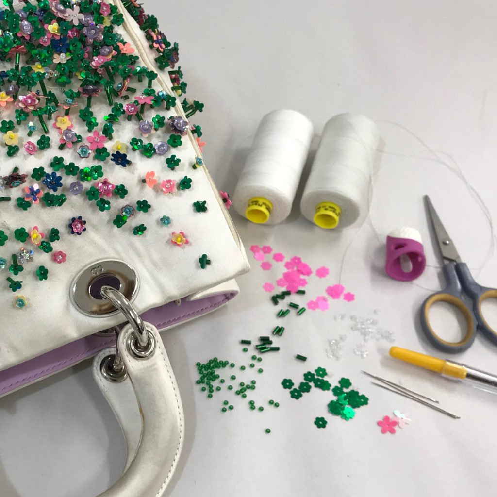 Beads to restore Dior